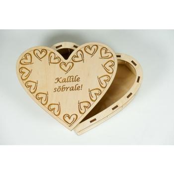 """Box Heart with lid """"Kallile sõbrale!"""" KK105"""