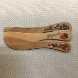Butter knife with a picture
